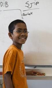Klodser og kammerathjælp giver ro i undervisningen